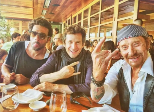 Yodelice-Guillaume-Canet-et-Johnny-Hallyday-a-Malibu-le-03-octobre-2016_exact1024x768_l-1.jpg