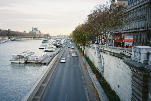 quai-de-seine-at-pont-de-concorde.jpg