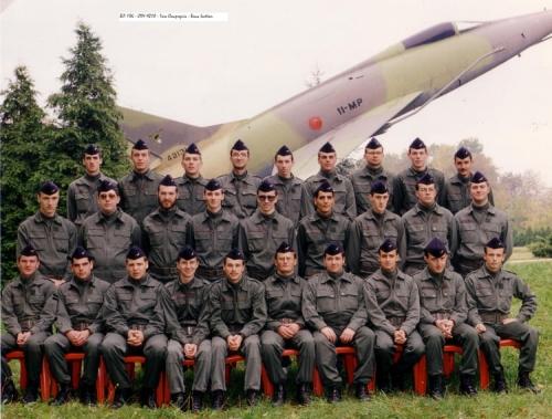 des-militaires-en-reserve-1492184824.jpg