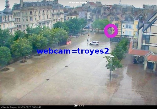 PLACE ALEXANDRE III WEBCAM.jpg